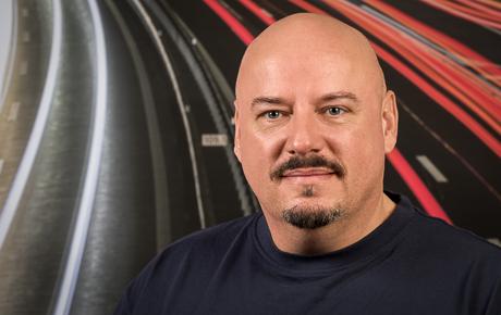 Porträtfoto von Adrian Meyer, Techniker